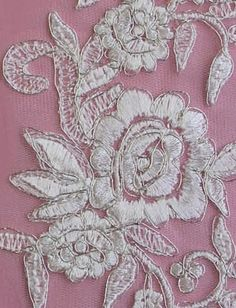1 PAIR Of Delicate Floral Appliques - PASSIFLORA