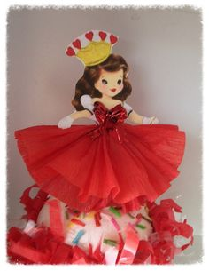 Valentines Day Decoration Valentine party  Set of six cute cupcake toppers. Queen of hearts with a fluffy crepe paper dress and metallic bow.   4 inches not including pick