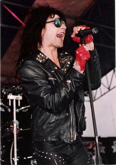 Phil Lewis of L.A. Gunns - 80's 80s Metal Bands, 80s Hair Metal, Rock Music, My Music, 1980s Hair, The Hollywood Vampires, Brent Smith, Bret Michaels, Guns