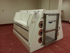 Our new Equine Spa is here! The cold salt hydrotherapy unit is used to treat circulatory problems and limb swelling