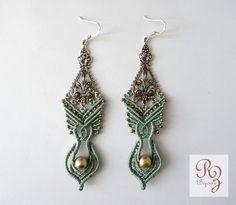 earrings pale green ears on silver print