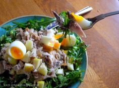 Makreelsalade1 Lunch Recipes, Cooking Recipes, Healthy Recipes, Healthy Meals, Good Food, Yummy Food, Happy Foods, Fish Dishes, Convenience Food