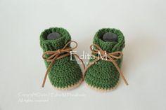 Crochet baby booties, unisex baby booties, baby boots, baby trainers, sneakers, unisex baby shoes, gift idea, gift for baby, announcement