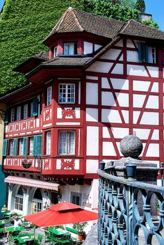 Lucerne, Switzerland Wonderful Places, Beautiful Places, All Over The World, Around The Worlds, Swiss House, Tolle Hotels, Germany Poland, Lucerne Switzerland, Swiss Alps