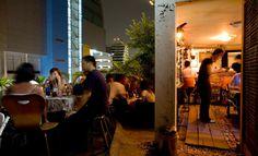 Skytrain Jazz Pub