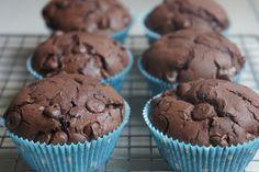 Rezept für die schokoladigsten (glutenfreien) Schokomuffins und viele weitere Rezepte findet Ihr auf auf gluten-frei.net