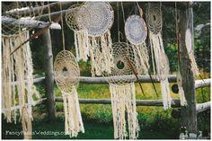 How to make a lace dreamcatcher www.fancypantsweddings.com