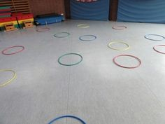 Playing with gymnastics hoops for space orientation – hoops … - Kinderspiele Kindergarten Prep, Gymnastics, Oriental, Kids Rugs, Play, Alter, Rapunzel, Training, Posts