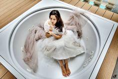 http://www.matrimonio-italiano.it/category/abiti_e_accessori/tosetti_sposa