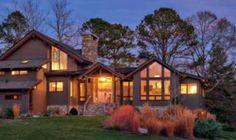 Mesmerizing Nantucket-inspired coastal cottage on Lake Rosseau
