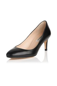 75bec14dd50 A timeless shoe in an ever-elegant silhouette. The Sash features a feminine  almond