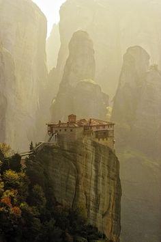 Meteora Monestary, Thessaly, Griekenland. Een absolute aanrader om te bezoeken. prachtig