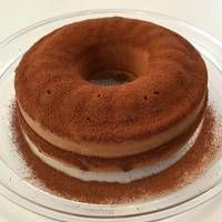Κέικ τιραμισού Greek Sweets, Greek Desserts, Party Desserts, Sweets Cake, Cupcake Cakes, Food Cakes, Sweet Loaf Recipe, Cake Frosting Recipe, Yogurt Cake
