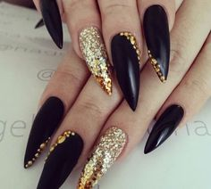 #stilettos #black #gold