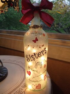Decorative Bottles : Lighted bottle Sister or Friend by on Etsy Home Deco, Decor Home, Home Deco Dekorative Flaschen: . Painted Wine Bottles, Lighted Wine Bottles, Bottle Lights, Glass Bottles, Wine Bottle Gift, Diy Bottle, Bottle Art, Vodka Bottle, Beer Bottle