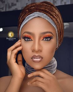 ❤❤❤ repost via from One ☝️ word for this look 😍 . Makeup and photography Powders Foundations Setting spray Primers Muse Excellent retouching 👌 Bridal Make Up Inspiration, Eyebrow Makeup Tips, Yoruba Wedding, Makeup Makeover, Eye Painting, Turban Style, Beauty Regimen, Queen Hair, African Beauty