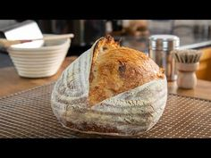 An outstanding basic no kneed sourdough bread recipe that produces amazing results consistently. This is& The post Easy Homemade Sourdough Bread appeared first on Recipe book. Sourdough Recipes, Sourdough Bread, Bread Recipes, Starter Recipes, Bread Recipe Book, Bread And Pastries, How To Make Bread, Bread Baking, My Favorite Food