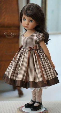 American Girl Dress, American Doll Clothes, Ag Doll Clothes, Doll Clothes Patterns, Frocks For Girls, Kids Frocks, Little Girl Dresses, Vintage Girls Dresses, Baby Girl Dress Patterns