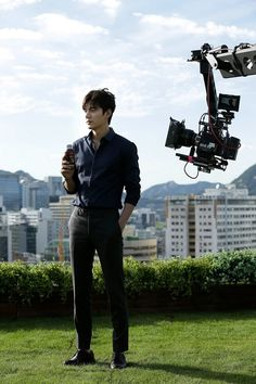 Lee Min Ho Coolly Handsome in B-cuts Filming Georgia Iced Coffee CF | A Koala's Playground