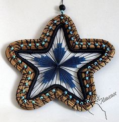 Pine Needle Star beaded star made by Debbie Norton spring 2004 Pine Needle Crafts, Basket Weaving Patterns, Teneriffe, Christmas Gifts To Make, Pine Needle Baskets, Star Diy, Raffle Baskets, Star Ornament, Xmas Ornaments