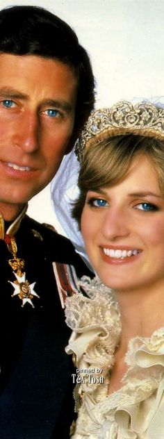 ❇Téa Tosh❇ Prince Charles and Princess Diana official wedding photo.