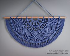 Your place to buy and sell all things handmade Macrame Design, Macrame Art, Macrame Projects, Macrame Knots, Macrame Wall Hanging Patterns, Macrame Plant Hangers, Macrame Patterns, Wall Hanging Designs, Macrame Tutorial