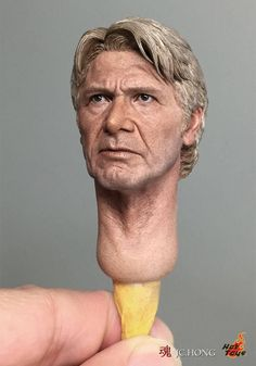 Spot on likness of Harrison Ford (Han Solo) sculpted by artist Ko Jun for Hot Toys Collectibles. Han Solo And Chewbacca, Harrison Ford, Figure Model, Sculpture Clay, Doll Face, Plastic Models, Figure Painting, Clay Art, Amazing Art