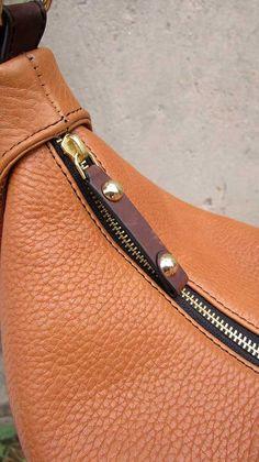 Pumpkin Big Caro, Chiaroscuro, India, Pure Leather, Handbag, Bag, Workshop Made, Leather, Bags, Handmade, Artisanal, Leather Work, Leather Workshop, Fashion, Women's Fashion, Women's Accessories, Accessories, Handcrafted, Made In India, Chiaroscuro Bags - 7