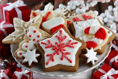 "I just signed up on the ""Advent Bake Sale"" page for Baked Goods!!  Drop off items during the day on Friday, December 2 (by 5:00 pm), Saturday morning before 10:00 am or before Masses that weekend.!  http://www.signupgenius.com/go/5080D4CACAB28A20-advent3"