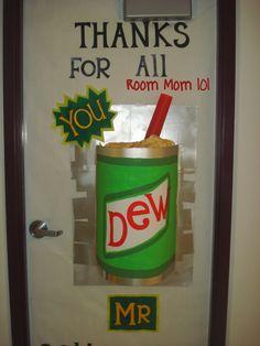 Room Mom 101: Door Decorations