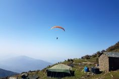 Want To Discover The Joy And Freedom Of Flying – Opt For Paragliding At Bir Billing >>>> Paragliding is an extremely exciting and thrilling adventure activity that is surely not comparable with any other adventure sport. The very fact that it is the closest that man can come to flying like a bird, is what makes it truly unique.   #Paragliding #BirBilling #India