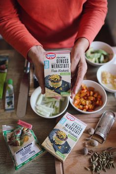 Genuss Werkstatt: Goldene Kürbis-Chai-Latte und Kürbis Sushi mit prickelndem Mais Krokant Chai, Brunch, Favorite Recipes, Bread, Breakfast, Latte, Food, Pumpkin Jam, Pumpkin Pasta
