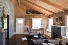 """Every week, we highlight one amazing Dwell home that went viral on Pinterest. Follow <a href=""""https://www.pinterest.com/dwellmedia/"""">Dwell's Pinterest account</a> for more daily design inspiration."""