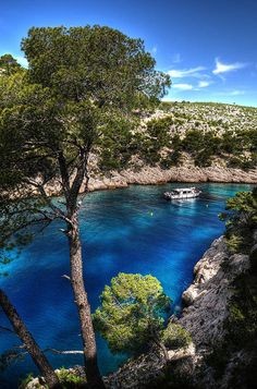 Port Pin, Cassis, Provence, France http://www.frenchtoday.com/worldwide-french-lessons-via-phone-skype