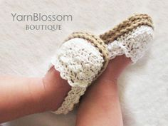 I wish I could crochet!! These are so adorable !!CROCHET PATTERN Baby Girl Espadrille Shoes by YarnBlossomBoutique, $4.99.
