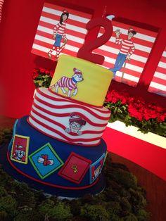 Oh my!  Check out the Where's Waldo cake! www.blogdatetto.com