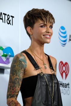 Ruby Ruby Rose attends iHeartRadio's KIIS FM Wango Tango by AT&T at Banc of California Stadium on June 2018 in Los Angeles, California Medium Thin Hair, Short Thin Hair, Short Hair Cuts For Women, Medium Hair Styles, Short Hair Styles, Short Pixie Haircuts, Short Bob Hairstyles, Ruby Rose Hairstyles, Punk Pixie Haircut