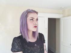 Super Ideas For Hair Purple Dark Brows 2015 Hairstyles, Bun Hairstyles, Trendy Hairstyles, Pastel Purple Hair, Layered Curls, Dark Eyebrows, Cool Hair Color, Hair Colors, Alternative Hair