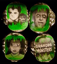 1965 The Munsters flicker rings