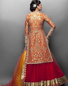 The Koti is the regal answer to the blouse. It give the look of a dress and yet an Indian feel at its heart! Pakistani Outfits, Indian Outfits, Bollywood, Choli Designs, Desi Clothes, Hot Clothes, Indian Clothes, Indian Bridal Wear, Indian Couture