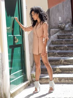 AMALFI STPS [[MORE]]GET THE LOOK: • Promo-Peach Really Rih Blazer Romper c/o Windsorstore • Grey Bad Romance Heels c/o Windsorstore • Fasshion By Blasian Gurl