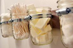 Des rangements de salle de bain | 10 façons originales d'utiliser des bocaux de conserve