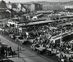 Trnavské mýto 1957. Opticky upravená fotka, bez čiar, detaily sa vylepšiť nedajú. Bratislava, Old Pictures, Old Photos, Old City, Historical Photos, Milan, Nostalgia, Street View, Times