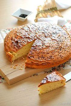 Κέικ τσουρέκι Greek Sweets, Greek Desserts, No Cook Desserts, Greek Recipes, Desert Recipes, Cupcakes, Cupcake Cakes, Greek Cake, Homemade Slushies