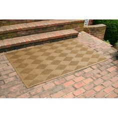 M+A Matting 272 Waterhog Grand Classic Polypropylene Fiber Half Oval Entrance Indoor//Outdoor Floor Mat 3//8 Thick Dark Brown 2.3/' Length x 4/' Width 3//8 Thick 272520423 SBR Rubber Backing 2.3 Length x 4 Width