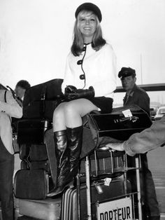 Nancy Sinatra, Love the boots. Artistic Photography, Creative Photography, Laughing Face, Nancy Sinatra, Beautiful Female Celebrities, Come Fly With Me, Kind Person, Airport Style, Golden Age