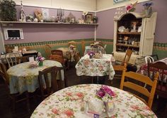 english tea rooms - Love the hutch
