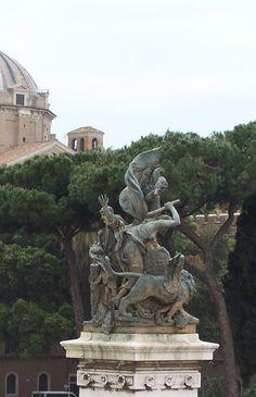 Altare Della Patria:  L'Azione, di Francesco Jerace (Polistena, Reggio Calabria, 26 luglio 1853 – Napoli, 18 gennaio 1937)