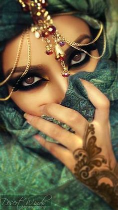 Eyes Makeup, one of our many favorite looks to do here at Top Level Salon Arabian Eyes, Arabian Beauty, Arabian Nights, Beauty Makeup, Eye Makeup, Hair Makeup, Hair Beauty, Beautiful Eyes, Beautiful People