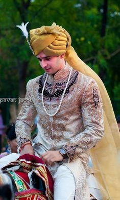 Check 141 sensational Indian wedding dresses for men that you can wear on your wedding day. Here you can know that how groom wear can be in so many styles in india. Sherwani For Men Wedding, Wedding Dresses Men Indian, Wedding Outfits For Groom, Groom Wedding Dress, Sherwani Groom, Wedding Attire, Bride Groom, Wedding Bride, Wedding Reception